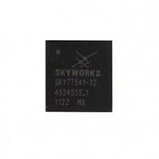 Микросхема U1 iPhone 4 контроллер усилителя мощности сигнала